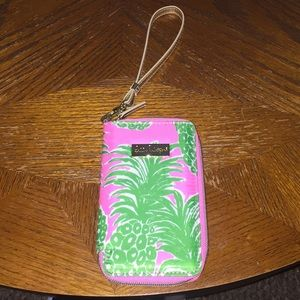 NWT Lilly Pulitzer wristlet for iPhone 6s